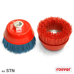 Nylon cup brushes M14
